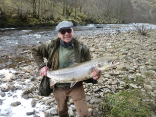 Angler Tom Buchanan and the 35lb salmon